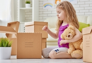 Moving house easily with your children thumbnail