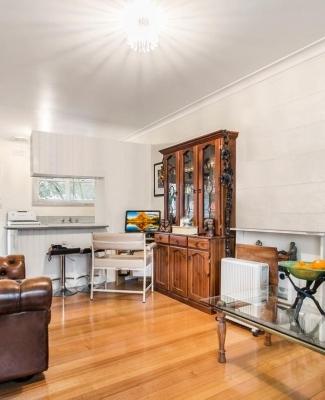 Erskine street living room